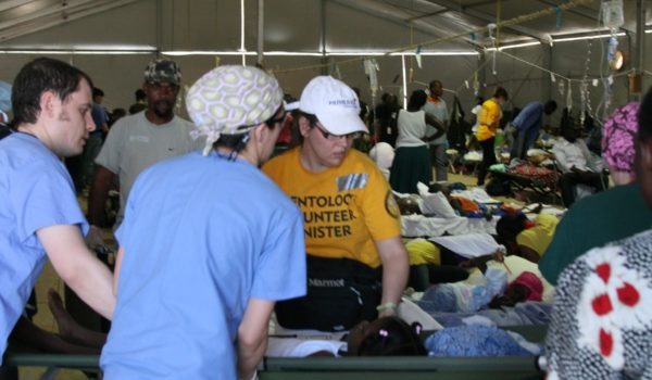 Scientology_Volunteer_Ministers_in_Haiti_2010